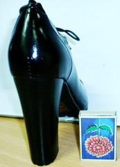 Туфли женские на шнурках демисезонные