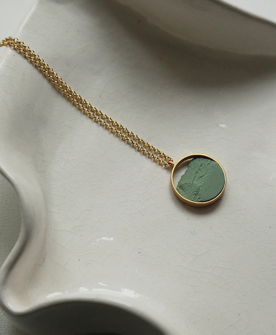 Колье CIRCULAR MINI GOLDEN GREEN