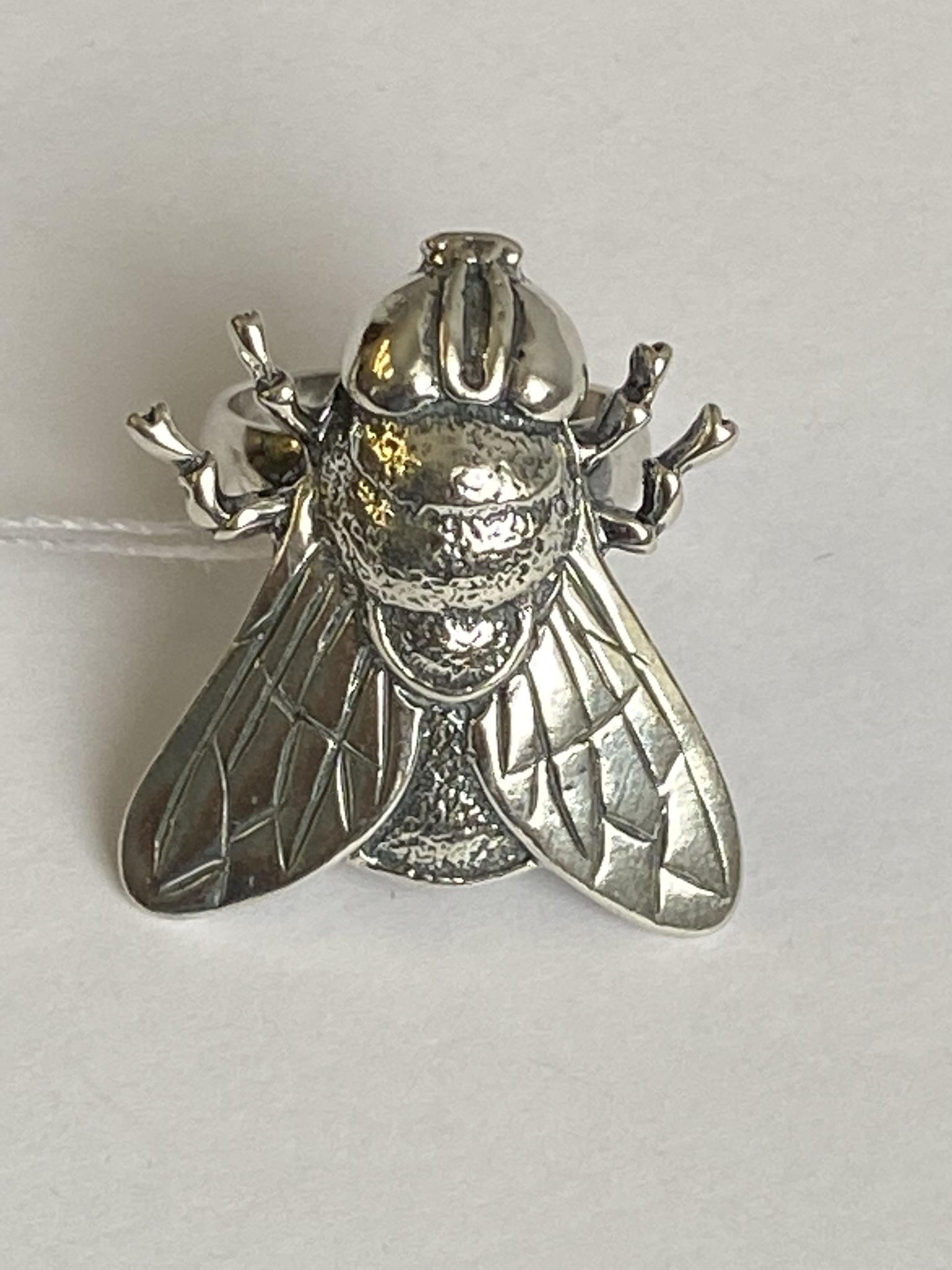 Мушка (кольцо из серебра)
