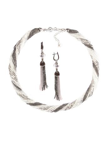 Комплект украшений серебристо-белый (длинные серьги из бисера, бусы из бисера 24 нити)
