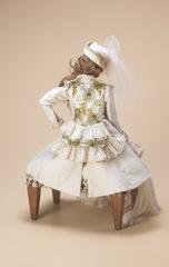 Пуфик для фарфоровой куклы Marigio