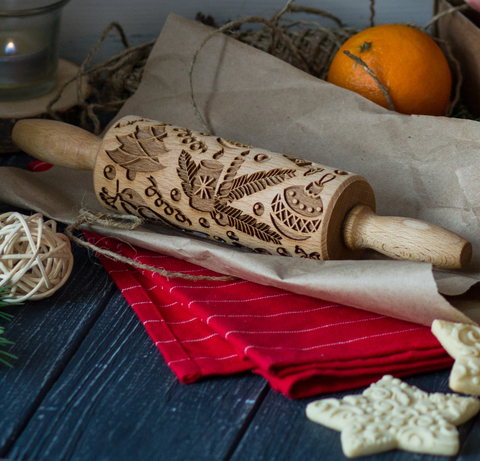 CHRISTMAS PATTERN - kids engraved rolling pin