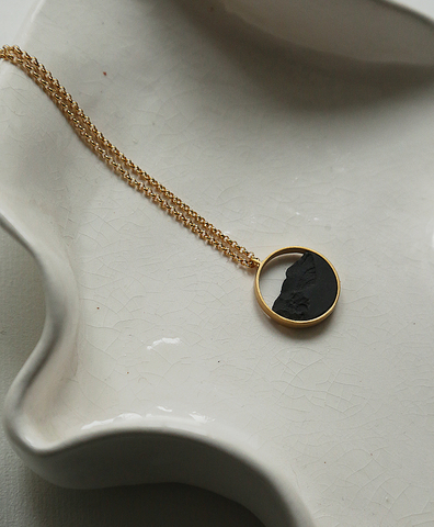 Колье CIRCULAR MINI GOLDEN BLACK