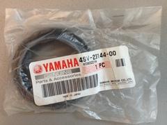 Пыльник передней вилки  Yamaha 4SV-23144-00  (48x61,5x15)