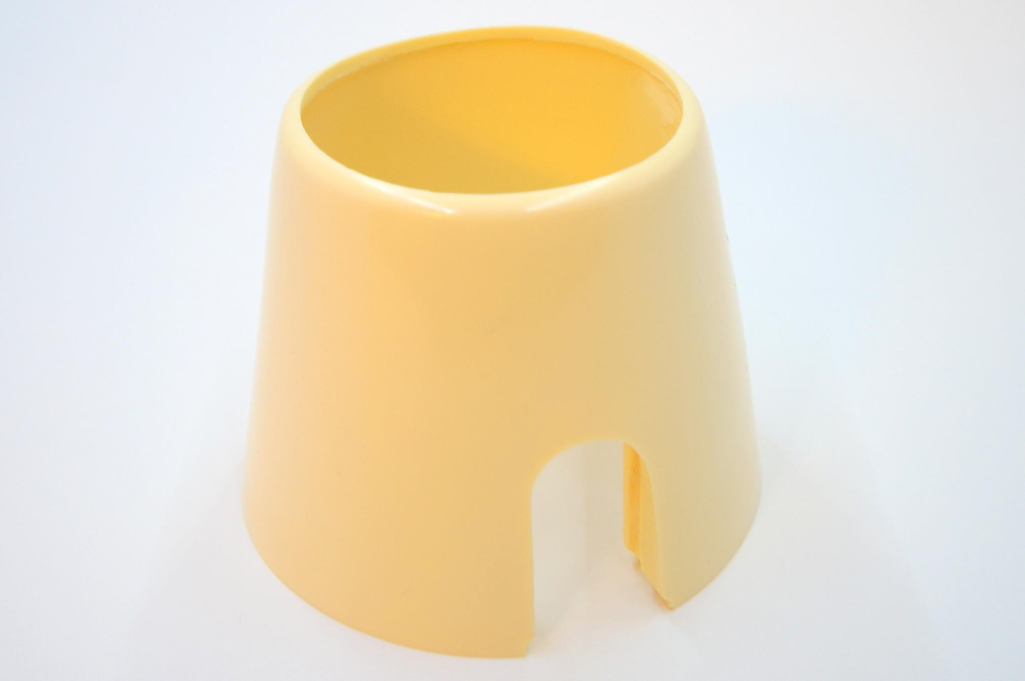 Чашка рулевой колонки Москвич 402-407 бежевая с вырезом