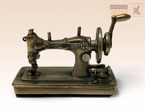 фигурка Швейная машинка большая