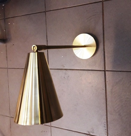 TOW 1 bulb sconce by Art metal