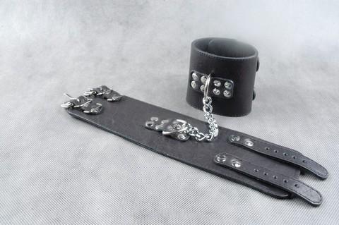 БДСМ наножники с цепочкой (кожаные)