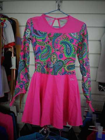 Платье б/у, рост 122-128 см