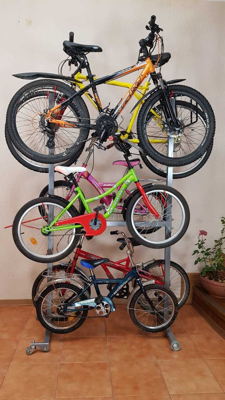 Комплект упоров для подвеса велосипеда на подкатную стойку.
