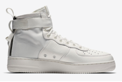 muzhskie-krossovki-kupit-Nike-Air-Force-1-SF-Mid-White-nayk-air-fors-1-sf-belye