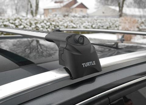 Багажник  TURTLE AIR 2 Silver на низкие рейлинги (серебристый цвет) .
