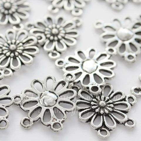 """Коннектор """"Цветок"""" (1-3) 23х18 мм (цвет - античное серебро)"""