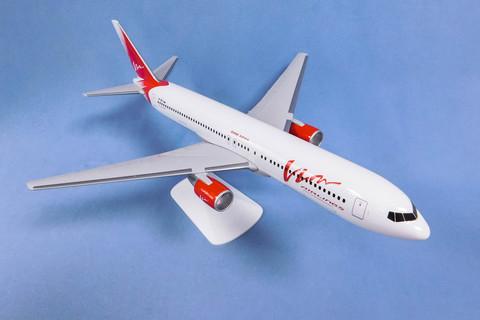 Модель самолета Boeing 767-300 (М1:100, Вим-Авиа)