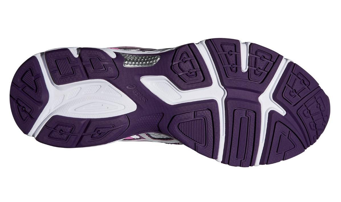 Женские кроссовки для бега Asics Gel-Essent 2 (T576N 0135) белые фото