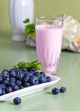Йогурт домашний с черникой 3,5%  0,5л. от КФХ Мотин