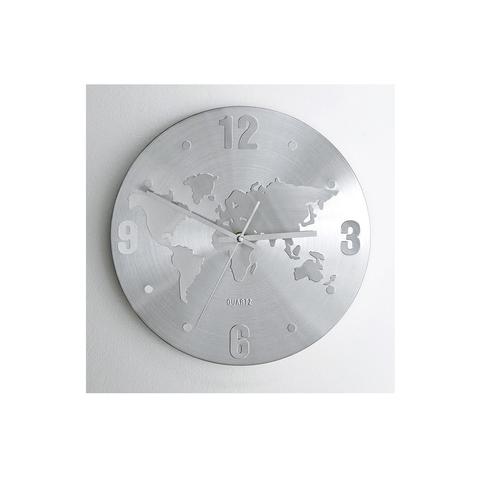 Часы с картой мира