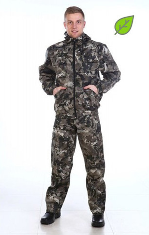 Камуфляжный мужской костюм