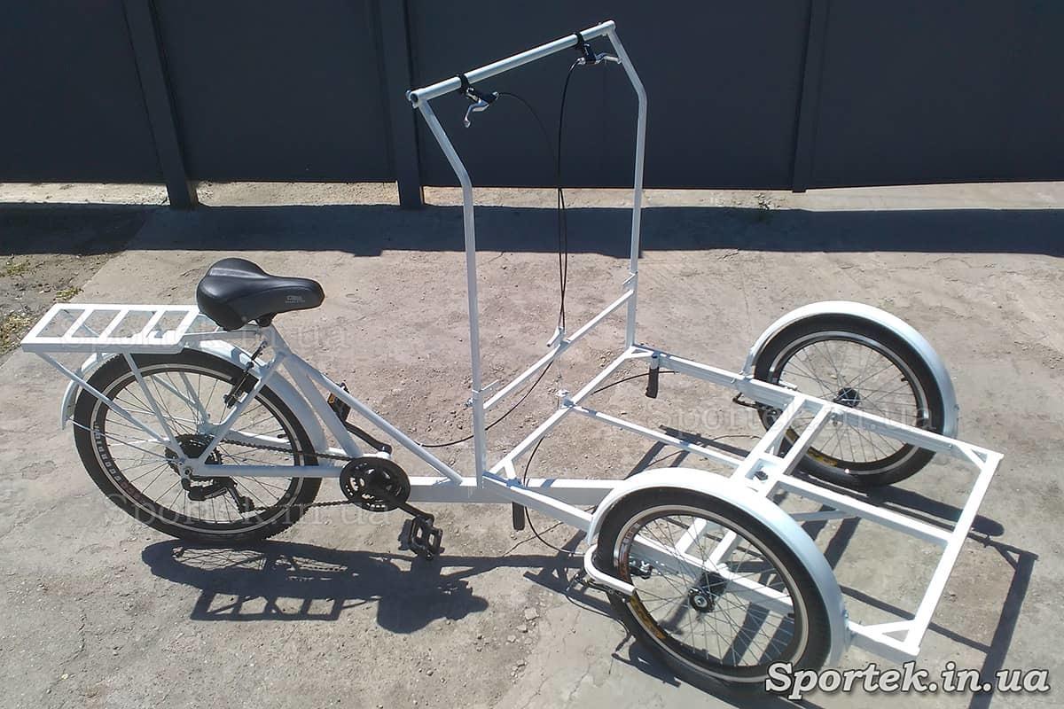 Трехколесный велосипед с передней платформой для уличной торговли 'Кофейный' (белый)