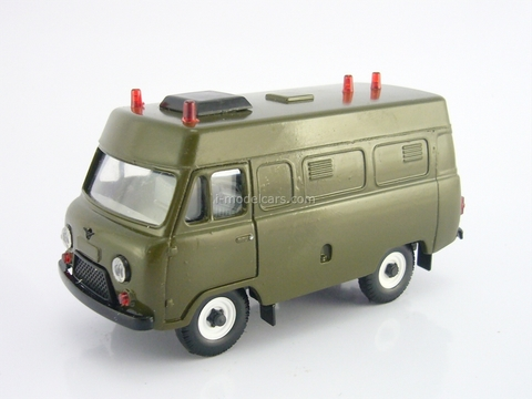UAZ-3962 khaki high roof 1:43 Agat Mossar Tantal