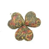 Китайский зеленый чай в виде сердца с гвоздикой