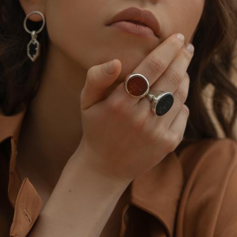 Кольцо-печатка с инталией 15 (сердолик, овал)