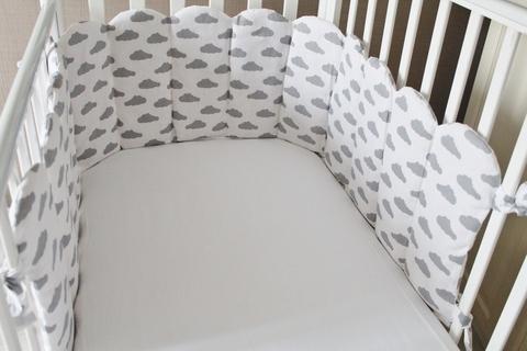 Комплект в кроватку Облачный Атлас