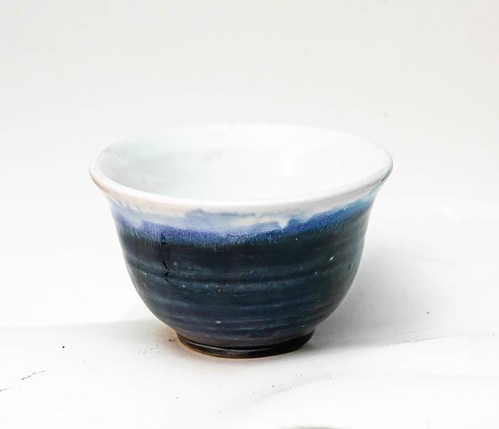 CUP114 Пиала ручной работы с глазурью синего цвета