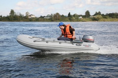 Надувная лодка Кайман N-330