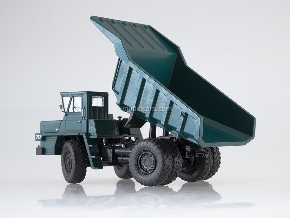 BELAZ-540 Dumper experimental green 1:43 Dealer models BELAZ