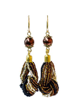 Серьги-узелки из бисера золотисто-черные