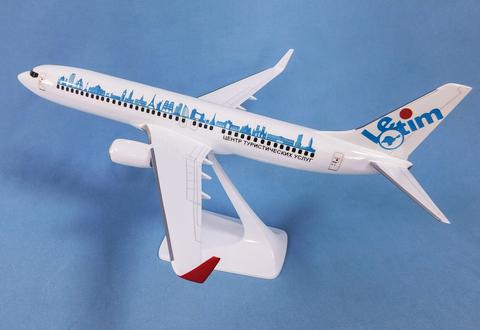 Модель самолета Boeing 737-800 (М1:100, Letim)