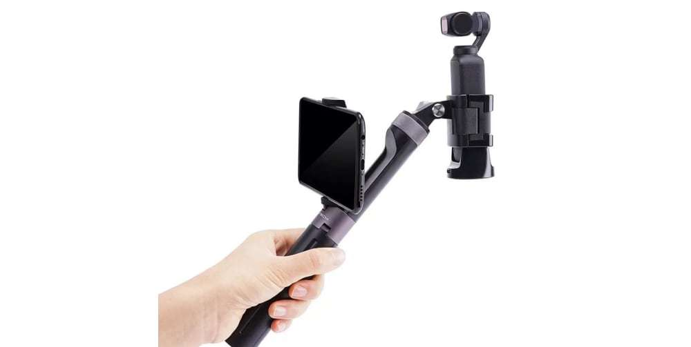 Штатив-рукоятка PgyTech Hand Grip & Tripod for Action Camera P-GM-104 в руках