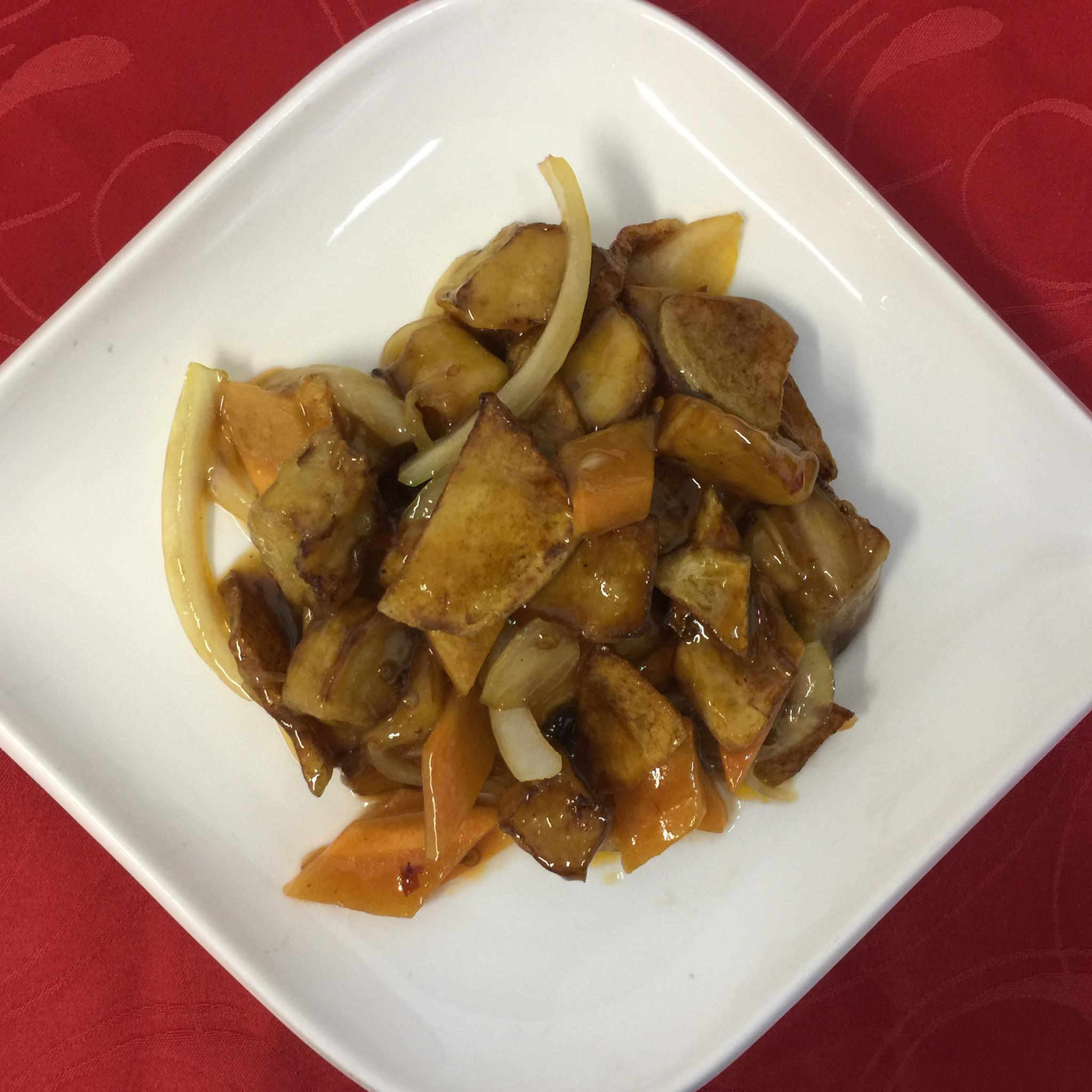 Баклажаны с картофелем и овощами