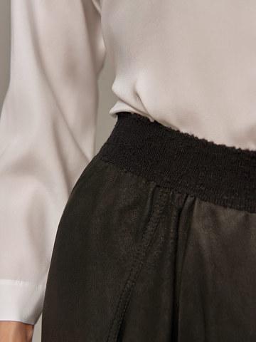Женская черная юбка Olmar GentryPortofino - фото 2