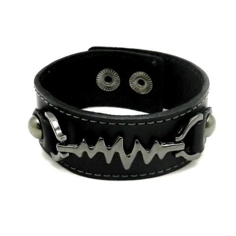 Стильный мужской чёрный браслет российского производства из натуральной кожи со стальной вставкой