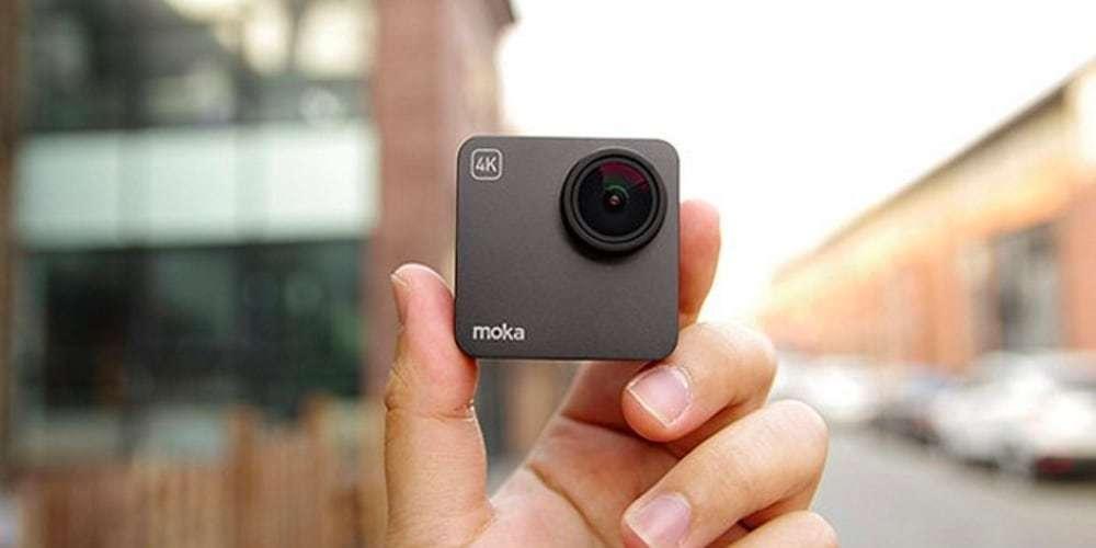 Экшн-камера Mokacam 4K в руках