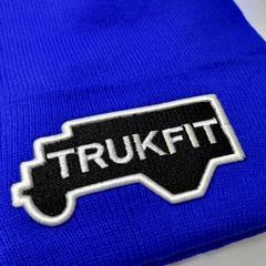 Вязаная шапка с вышивкой TRUKFIT голубая фото 2