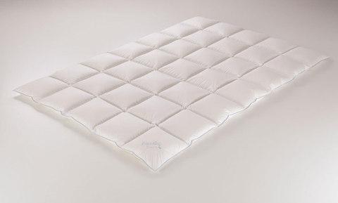 Одеяло пуховое 200х200 Paradies Alice Medium Warm