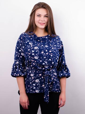 Міла. Стильна блуза великих розмірів. Синій+квіти.