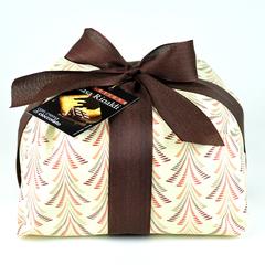 Кулич CasaRinaldi с шоколадным кремом и кусочками темного шоколада 750 г