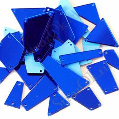 Украсить купальник для гимнастики пришивными зеркалами синими