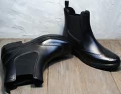Резиновые сапоги стильные женские короткие W9072Black.