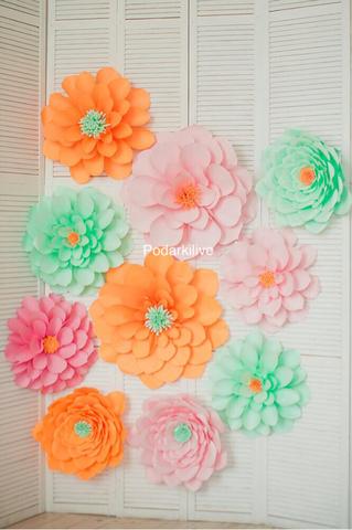 Сет из бумажных цветов