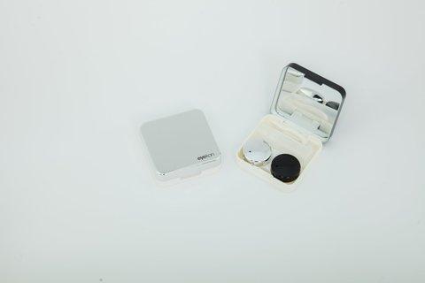 Черный дорожный контейнер для цветных контактных линз