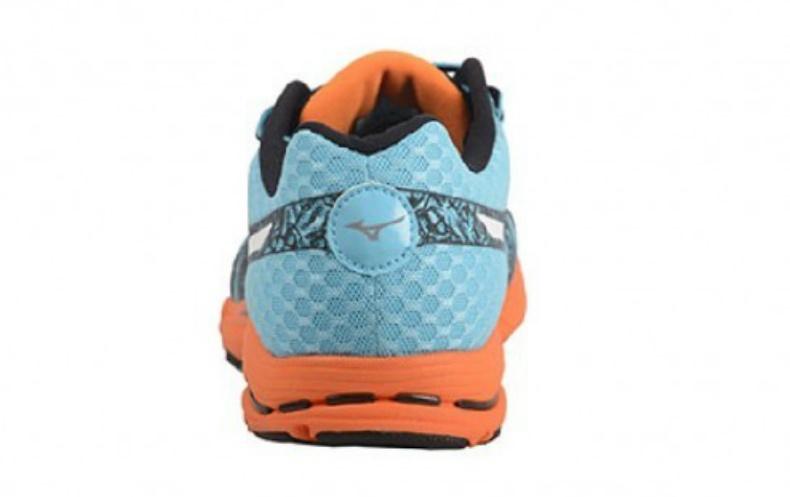 Мужские кроссовки для бега Mizuno Sayonara 2 (J1GC1430 02) пятка