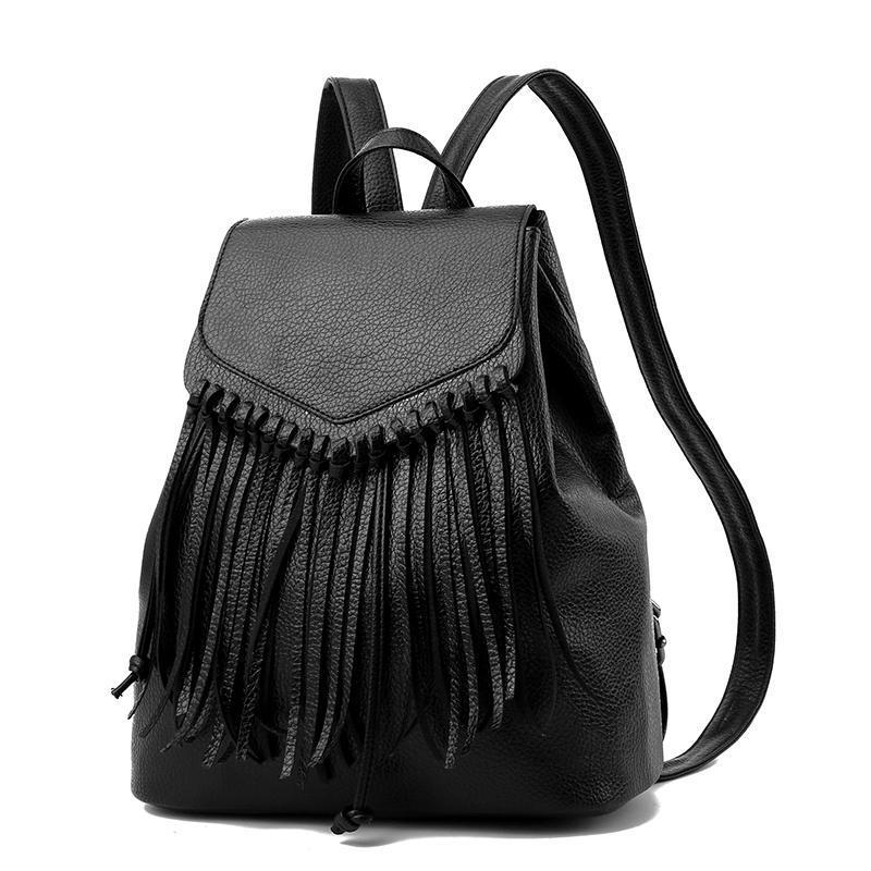 Женский средний рюкзак 27х31х16 см с висюльками чёрный 1268-1
