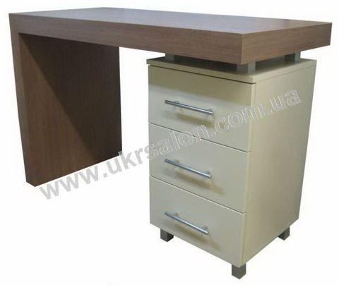 Маникюрный стол Magnat