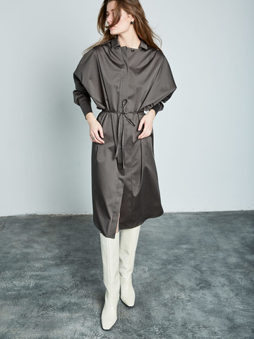 Платье-рубашка свободного кроя из хлопка хаки