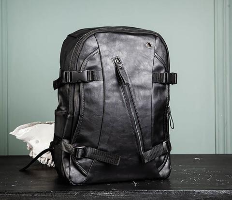 Недорогой мужской городской рюкзак из кожи